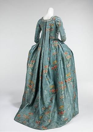 1760 robe a la francaise