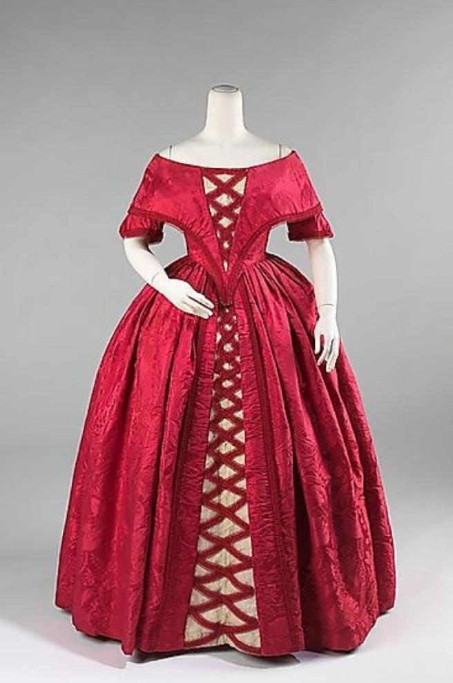 1842 dress