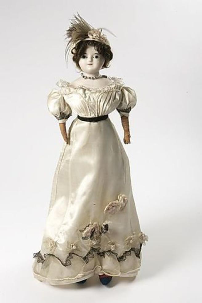 doll 1825