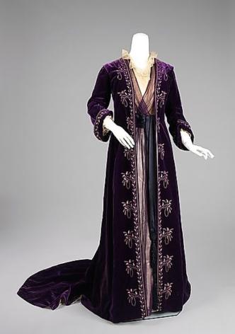 tea gown 1905