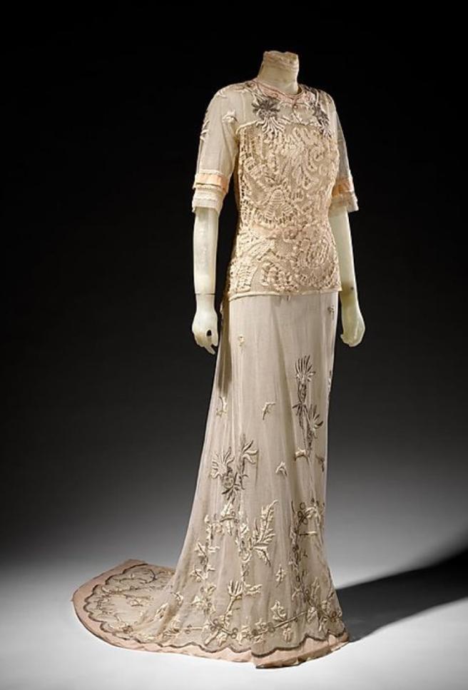 tea gown 1912