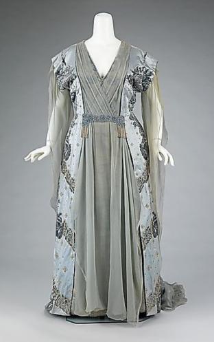 tea gown 1915